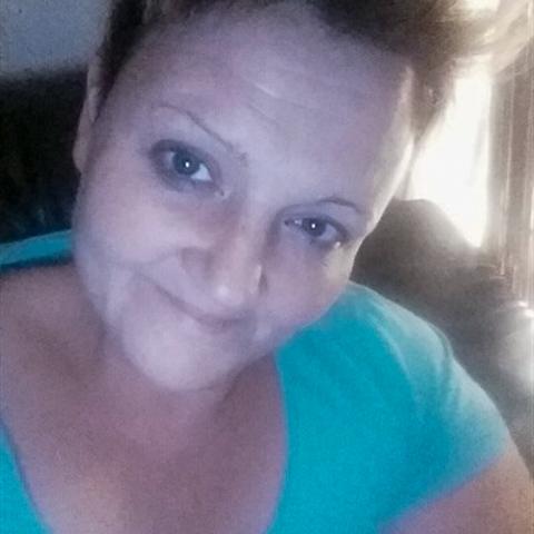 Søger min egen mr Grey som kan acceptere jeg er stor og smuk som jeg er.  Jeg bor alene i Odense og har 2 børn. Jeg er i praktik  ... Prettymom is a single woman from Syddanmark, Odense V. Find love - view dating profile at VIPdaters.com