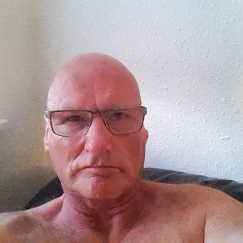 Livsglad mand på 62 søger sød veninde ... netdating - Mikethebike, er en mand fra Midtjylland, Viborg. Se billeder og søg blandt de seneste netdating profiler på DatingNet.dk