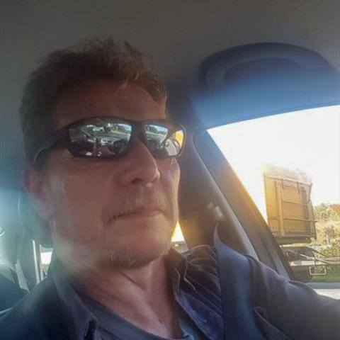 Hej pæn mand .klar til at møde den rette. hus.job.bil,single og stor lyst til at dele m.den rette for mig.tolerant,110% trofast,bu ... chat med Dybdal, en mand fra Nordjylland, Løkken. Stor guide til Chat og Dating - se de seneste medlemmer på Chat-Online.dk