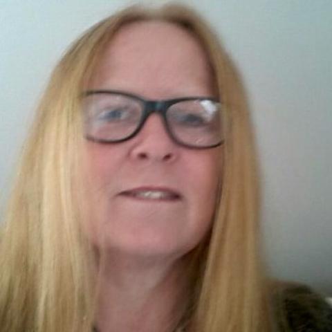 Jeg er 55 og søger en mand at mødes med en gang imellem  ... kontaktannonce fra nutzhorn, single kvinde fra Hovedstaden, Glostrup. Stort overblik over danske kontaktannoncer - Kontakt-Online.dk