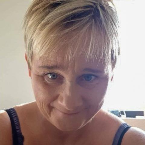 Kvinde på 49 år søger en kæreste til bl.a tosomhed og hvad der tilhører et forhold  ... dating med Lene, en kvinde fra Midtjylland, Horsens. Er du træt af at være single, så er det Datingtid