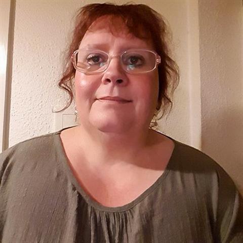 Hejsa med dig.  Kvide, jeg kommer fra Vendsyssel. Jeg går hjemme i mit rækkehus sammen med min dejlige kat.  Er meget overvæg ... Annie1966 is a single woman from Nordjylland, Brønderslev. Find love - view dating profile at VIPdaters.com